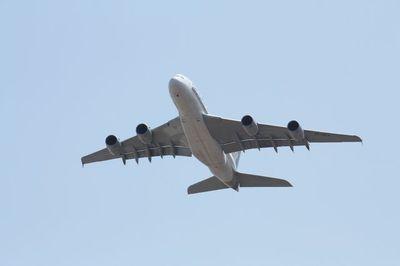 Air380
